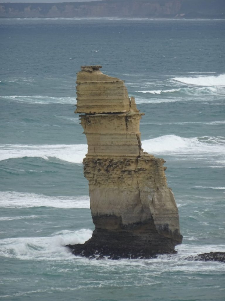 Limestone stack of the Twelve Apostles