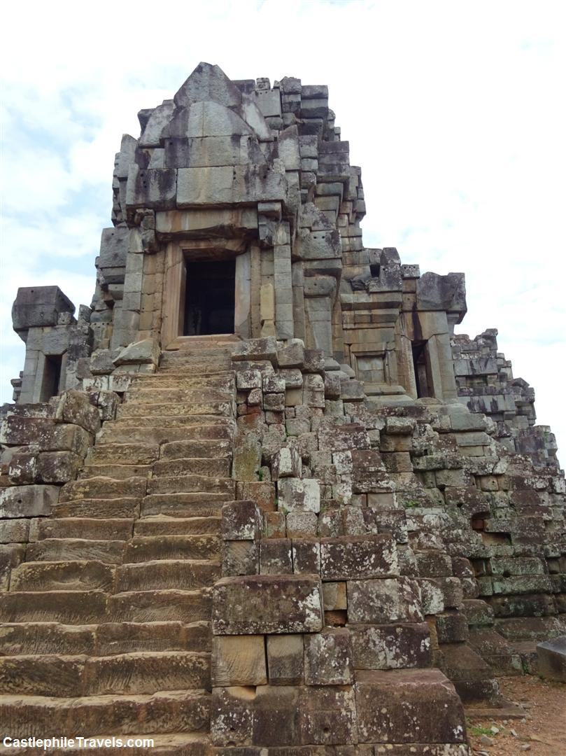 The stairs that lead to the highest point of Ta Keo