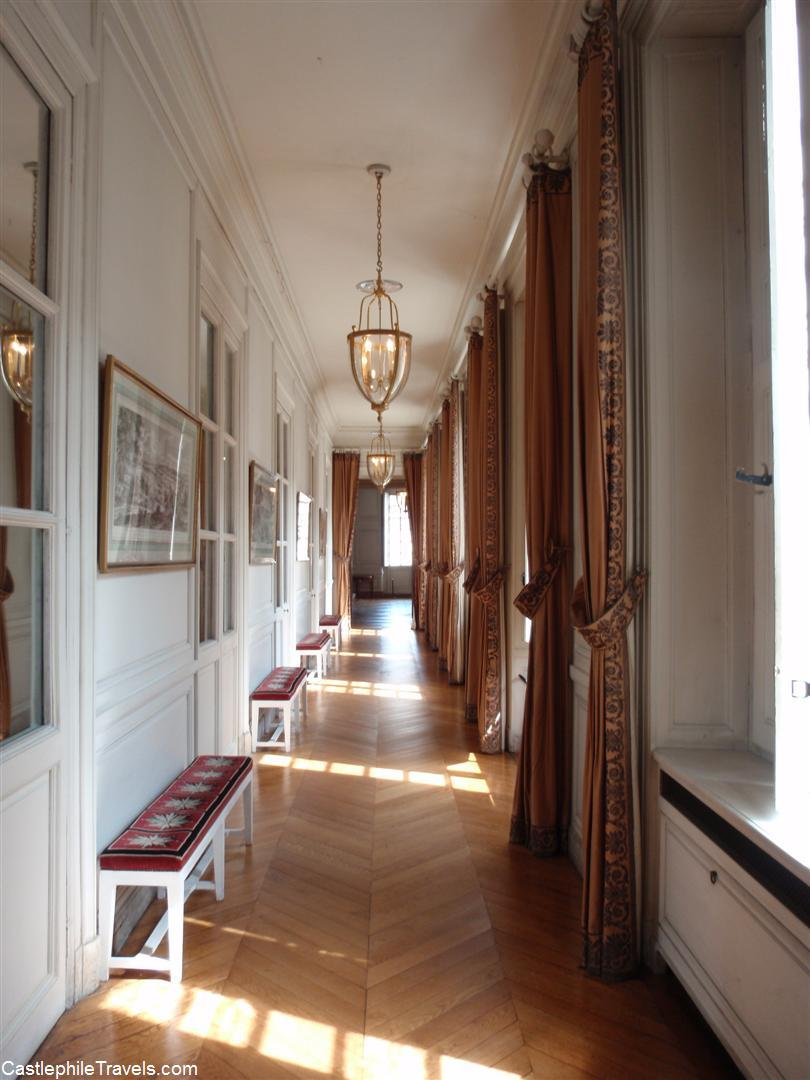 One of the hallways in the Grand Trianon