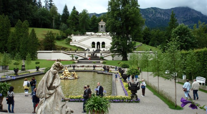 The gardens at Linderhof Palace